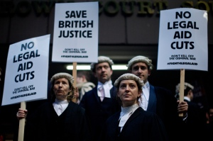 BRITAIN-COURT-LEGAL-PROTEST