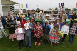 Newbury - Best Children's Hat Competition